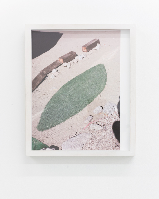 Nicholas Gottlund - Sierra Doormat - 2014 - C-print 30,5x22 cm image 30,5x25,5 cm sheet